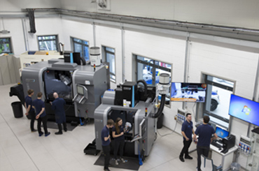 Hurco fully automated 5 axis CNC Machining Equipment